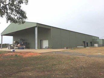Commercial shed and warehouse cleaning