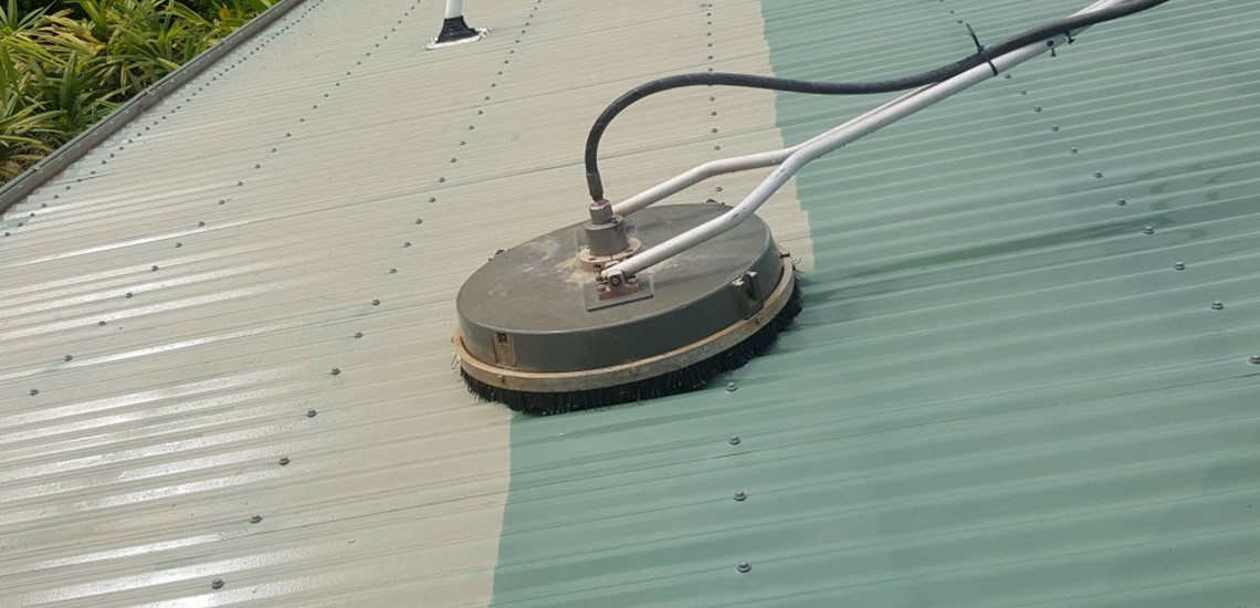 Colorbond roof cleaning  in Bundaberg using our rotary cleaner