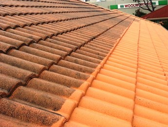 Tiled roof cleaning