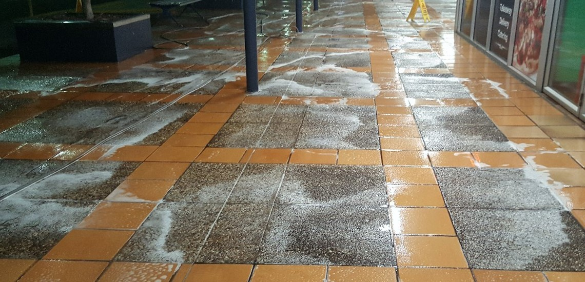 Shopping centre concrete cleaning